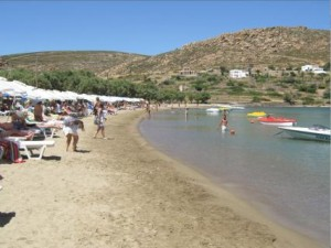 Agriolivado (Wild Meadow) beach